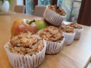 Hearty oaty muffinses