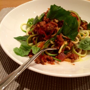 Quorn now have gluten free certification for some of their products! Great for low-fat high-protein dishes like this bolognese with spiralised courgette 'spaghetti'