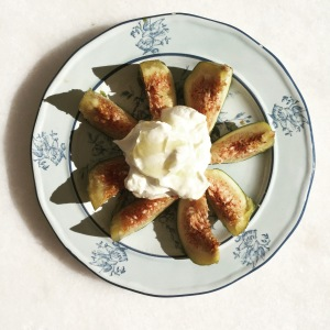 Sweet figs, creamy yogurt and drizzle of local honey for breakfast in Greece. Could almost have been pudding. Almost.