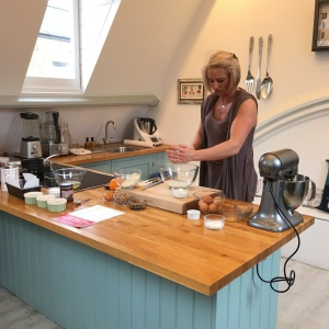 Ugne demos her festive chestnut cake using high-protein almond flour from Sukrin